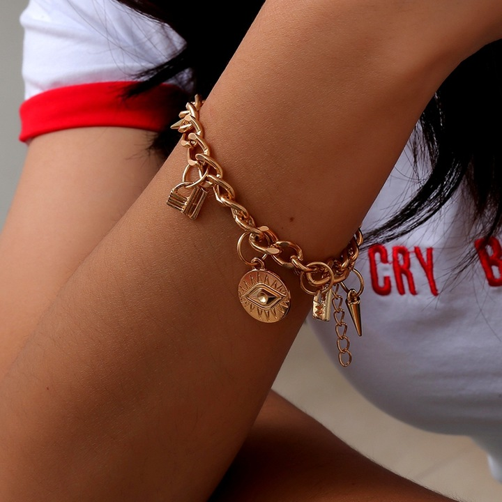 Simple and versatile devil's eye and hand decoration personality punk  multi-element bracelet golden one size