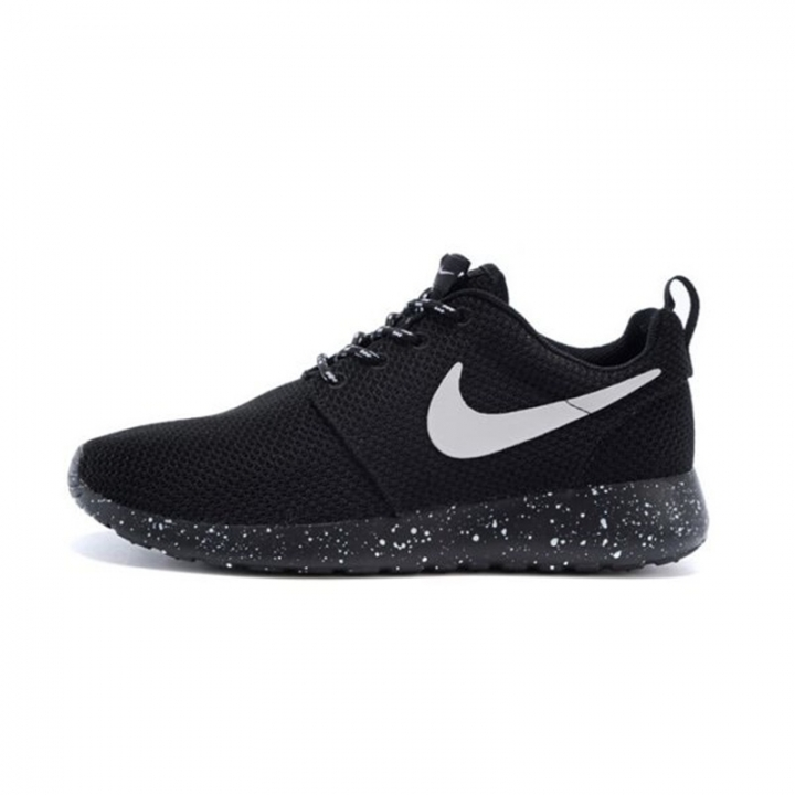 finest selection 1b3f6 445c8 NIKE Roshe Run ONE Black and White MEN'S SPORTS RUNNING SHOES WOMEN'S  SNEAKERS black 40eur