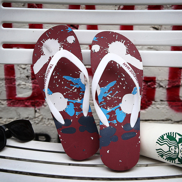 Summer Men Flip Flops Male Mixed Color Slippers Men Casual PVC Shoes Summer Fashion Beach Sandals red 39
