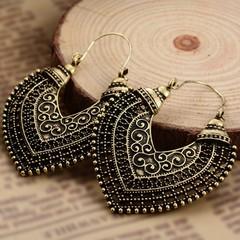 Heart Shape Hollow Out Carve Pendant Earrings