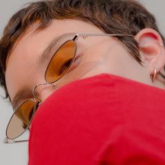 2018 New Small Oval Steampunk Sunglasses Fashion Women Men Vintage Brand Designer Retro Sun Glasses silver+yellow one size