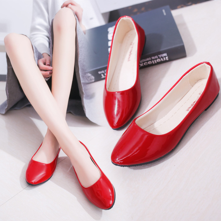 1cf075baf05f 2018 New Women Fashion Flat Patent Leather Round Toe Work Shoes and Slip on Flats  Shoes