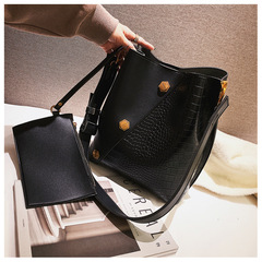 The New Fashion Female Bag Handbag Large Capacity Tote Bags Contracted Single Shoulder Bag black one size