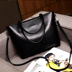 High-End Classic Wax Oil Handbag European and American Fashion Wild Casual Temperament Shoulder Bag black one size