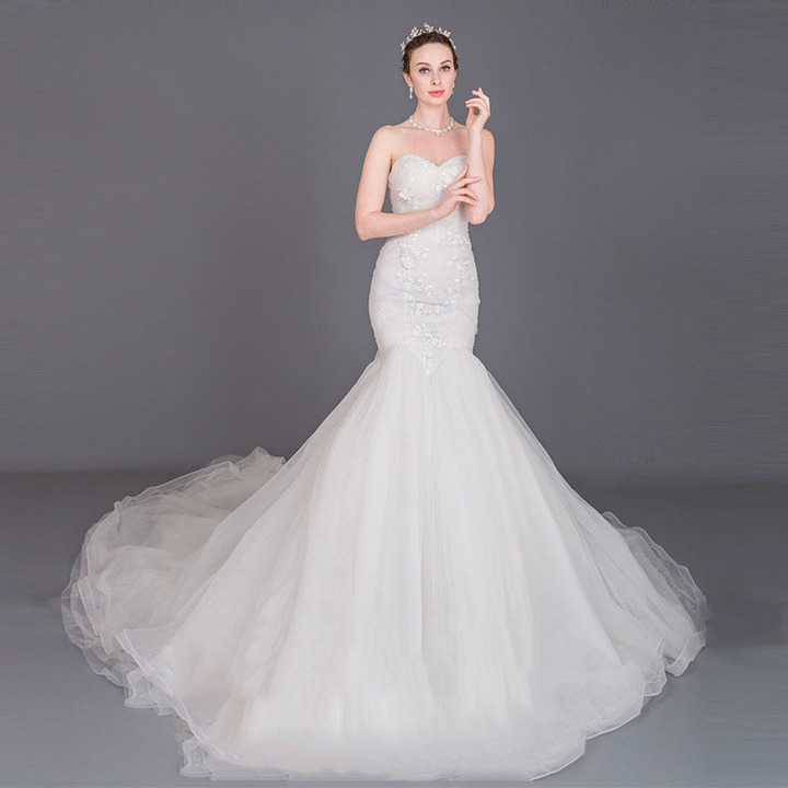 8f68c9d1f05 2019 new customizable tube top lace big fishtail high-end bride wedding  dress s white