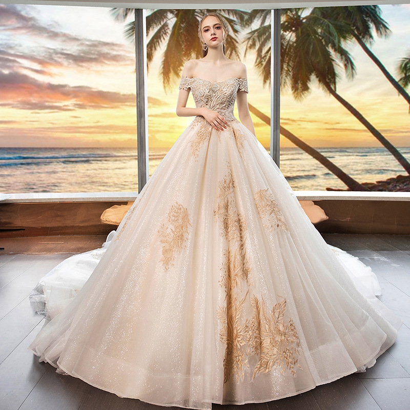 3937f737f04 The new bride is married with a shoulder-tailed princess dream elegant wedding  dress s white  Product No  10287005. Item specifics  Brand