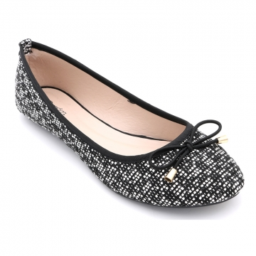 kilimall bata beautiful ladies casual flat shoes black