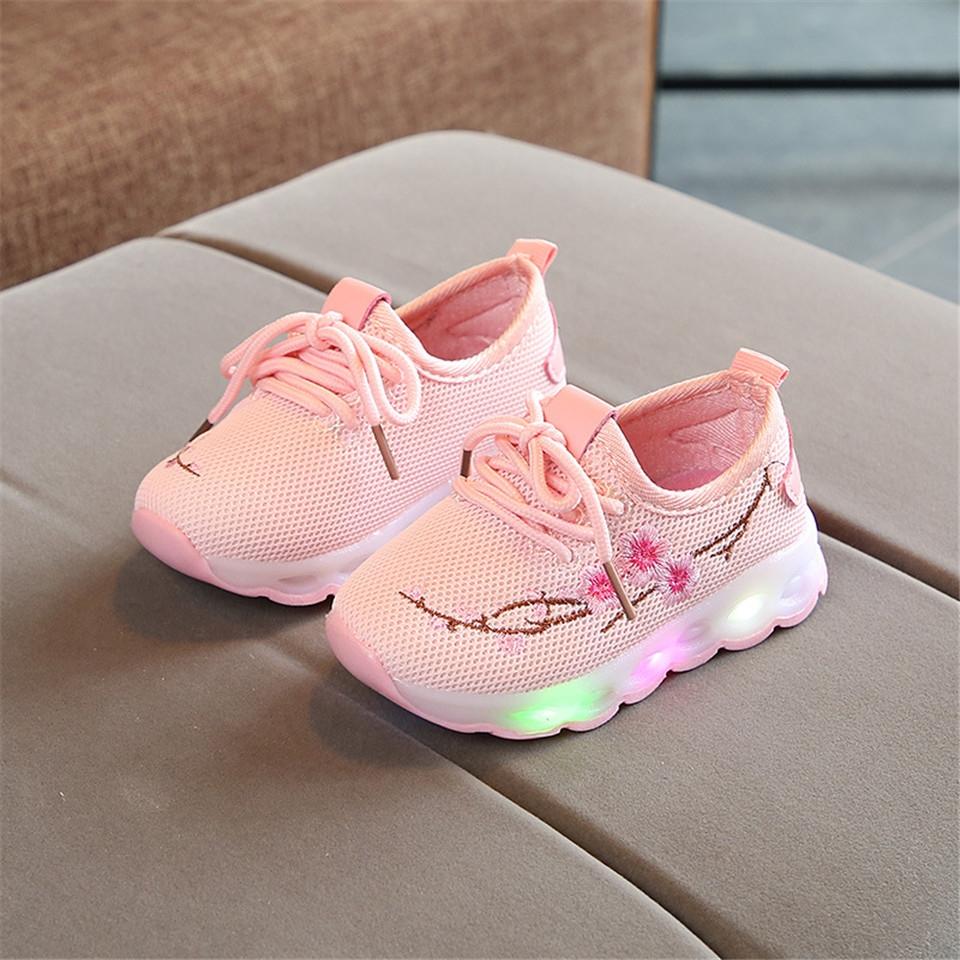 c26fc8845 European Mesh LED Shoes For Girls Boys Cute Soft Lovely Baby ...