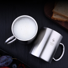 Travel coffee cups, 304 high quality stainless steel double-decker cups, tea cups, cold and hot cups silvery