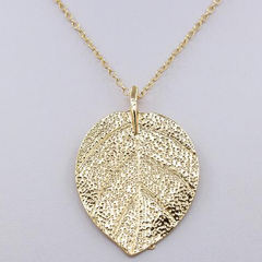FH Hot Sell Retro Style Alloy Long Necklaces Sweater Chain Foliage PendantLeisure Simple Accessories gold 60cm