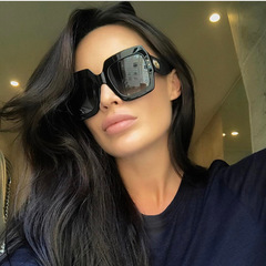 Accessories High-quality fashion sunglasses with big frame Sunglasses polarized Sunglasses ladies black size one