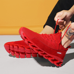 Fashion sports shoes, men's light breathable running shoes, flying knitting. red 43