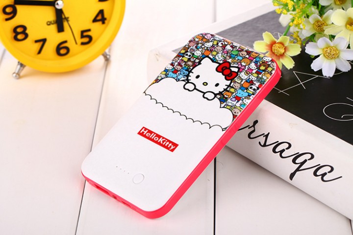 Hello kitty Mobile Power Bank 8800mah + phone data cable + for phone Headphones for iPhone hello kitty 8800