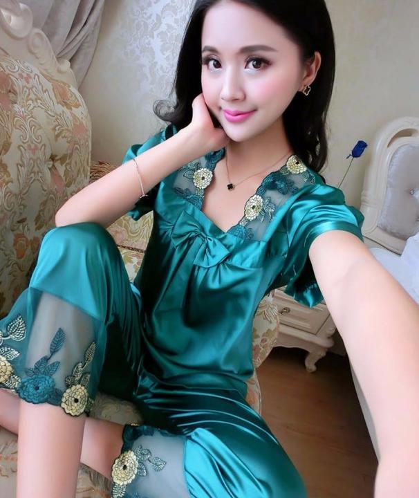 Summer Women Cute Bowknot Silk Pajamas Lace Patchwork Short Sleeve Sexy  Sleepcoat   Pants Set 16 77c63f639