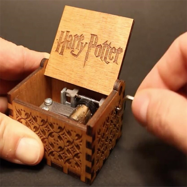 Harry Potter Christmas Gifts.Antique Carved Wooden Hand Crank Harry Potter Music Box Christmas Gift Birthday Gift Harry Potter 6 4 5 2 4 2cm