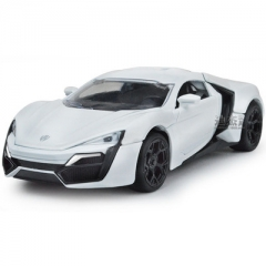 1:32 simulation alloy personality sound and light pull back car 4 open door children's toy car white 15.5*6*4.5 CM
