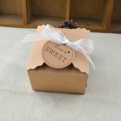 100pcs/bag Wavy kraft paper,  DIY candy box, European style candy box, square kraft paper candy box with white ribbon