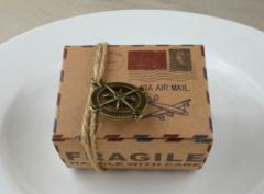 100pcs/bag Retro kraft paper candy box, mail airplane candy box, creative chocolate carton box compass with rope