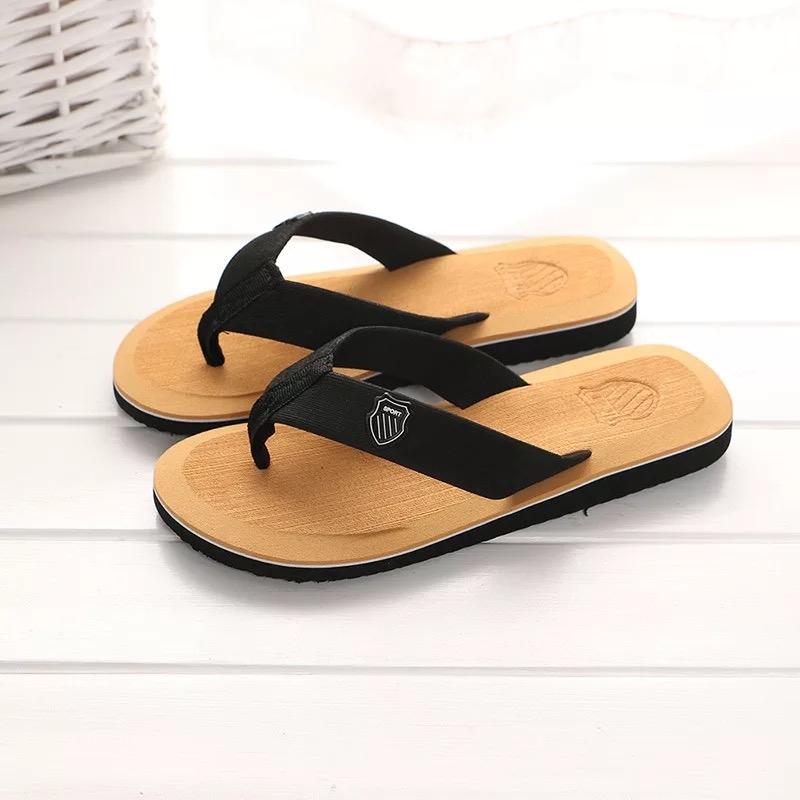 d482a37534c1 Men s Beach Shoes Flip Flops Summer Soft Sandals Slippers Non-slip ...