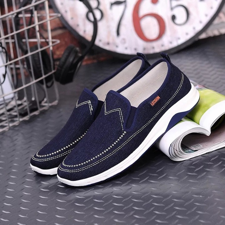 Men's Comfortable Canvas Shoes Fashion Breathable Thick Bottom Wear-resistant skidproof Sneakers Dark blue 44