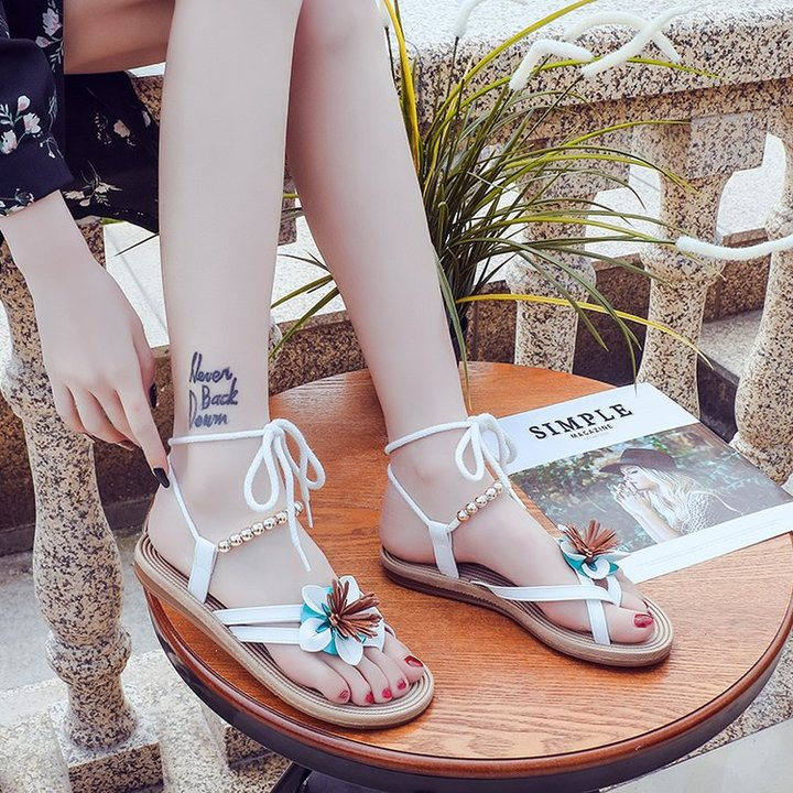 New sandals women's flat flower laces beaded European and American women's shoes fashion white 37