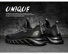 New breathable casual shoes men's outdoor sports running shoes casual travel shoes wear men's shoes black 39