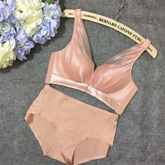 Bra Sexy no mark  silk underwear set without steel ring adjustment type close sub breast lingerie fleshcolor 70b