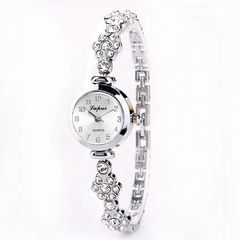 Pearl Watches AliExpress Explosive Women's Fashion Watches Women's Watches silver one size