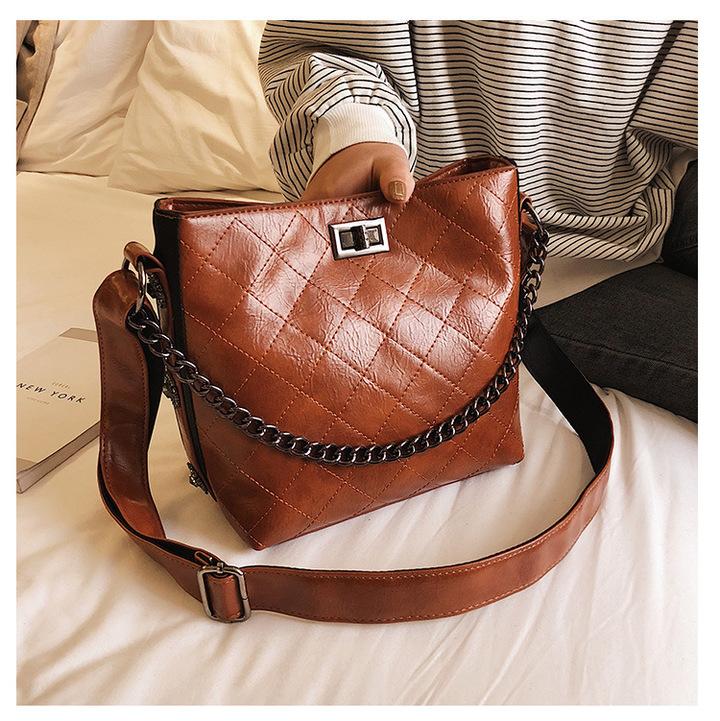 (FBK)Rhombus Pattern Lady's Single Shoulder Bag Retro PU Leather Mailman's Handbag brown 20.5cm by 12.5cm by 20cm