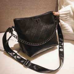 Rhombus Pattern Lady's Single Shoulder Bag Retro Wax-Leather Mailman's Bag black 20.5cm by 20cm by 12.5cm