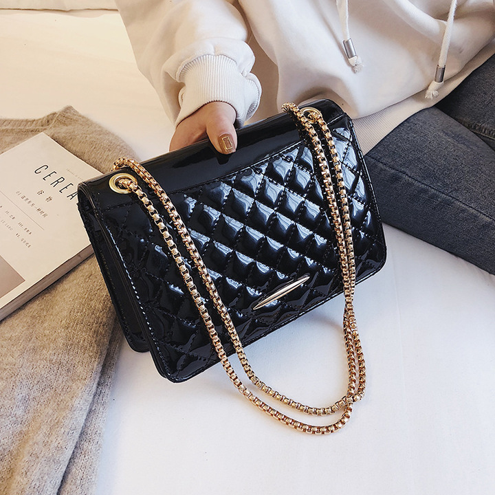 PU Leather Handbags with Chain Women's Single Shoulder Bag black 22.5cm by 7cm by 14cm