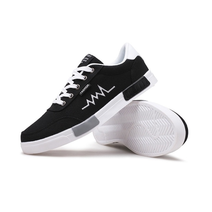 Hot sales New Spring Summer Canvas Shoes Mens Sneakers Male Brand Fashion Sneakers Slippers Black white 40