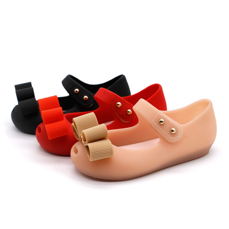 7e2aeece994 2018 New Mini Shoes Crystal Jelly Sandals Children Shoes Fish Head Melissa  Shoe