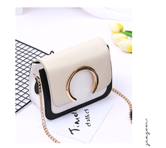 New girl cross-body small bag new girl fashion version with fashion chain star with a shoulder bag white 19cm*8cm*15cm