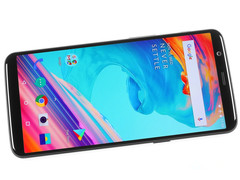 Oneplus 5T 8G 64G 128G MobilePhone 6.01 inch Snapdragon 835 Octa Core Dual Cameras NFC Smartphone black 64g