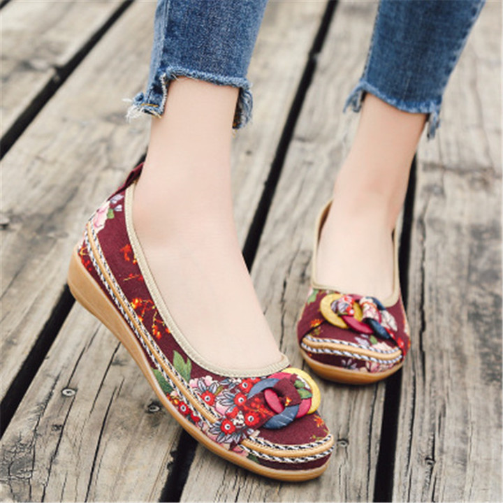 New women's retro embroidered shoes single flat sole sandals and canvas slippers brown 39