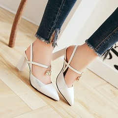 2019 new pointed high heels hollow shallow sandals square root pendant white 35 white 35
