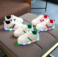 2019 new LED bright light casual shoes girls luminous board shoes boys colorful shiny flat shoes red 21