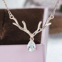 Elk Necklace pendant new arrival Christmas gift jewelry birthday gift for girlfriend New Year gift gold one size