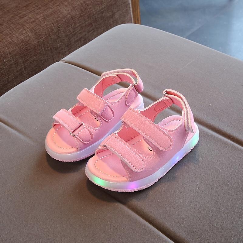 d8cdb9afece 2019 Summer New Girl Beach LED Light Shoes Kids Princess Shoes Baby ...