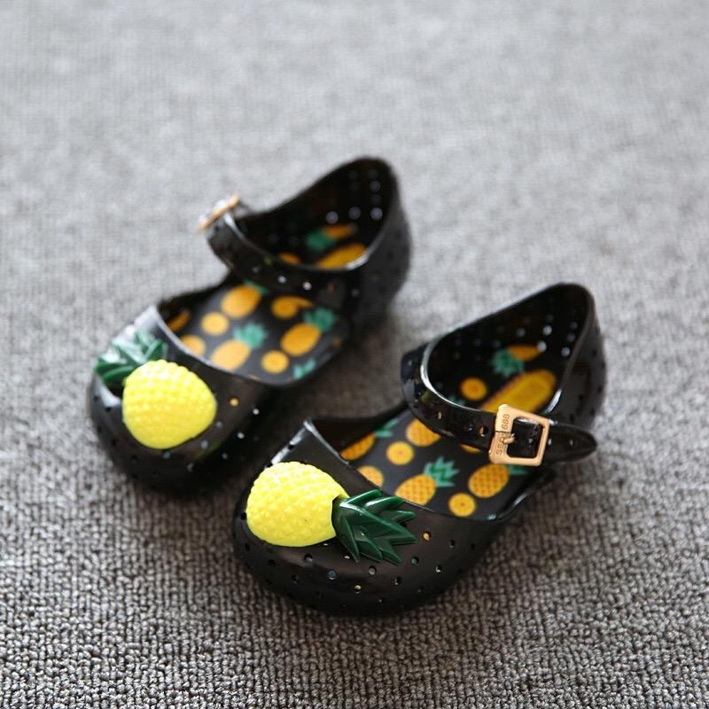 146d95bea5b9 Mini Sed kids Jelly Shoes Girls Waterproof Sandals Cartoon Pineapple ...