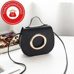 TQDS 2019 new product promotion, low price crazy purchase, one shoulder oblique handbag black ordinary