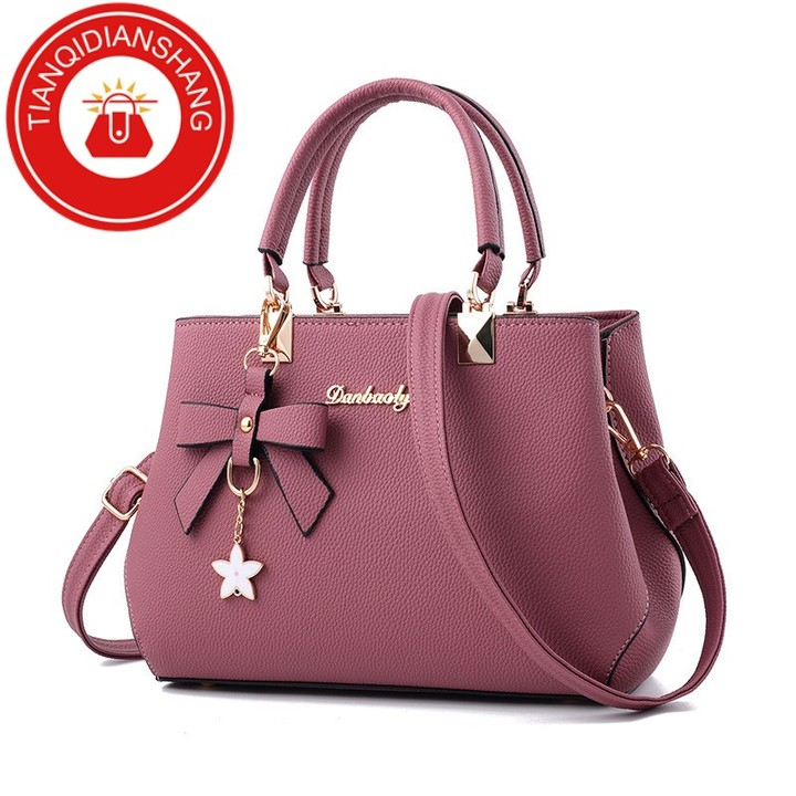 TQDS 2019 elegant shoulder, luxurious, plum bow, sweet messenger messenger bag rubber powder ordinary