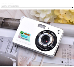 C3 Digital Cameras With 2.7Inch Screen,White,18MP,8xZoom white 9.4*6.0*2.4(cm)
