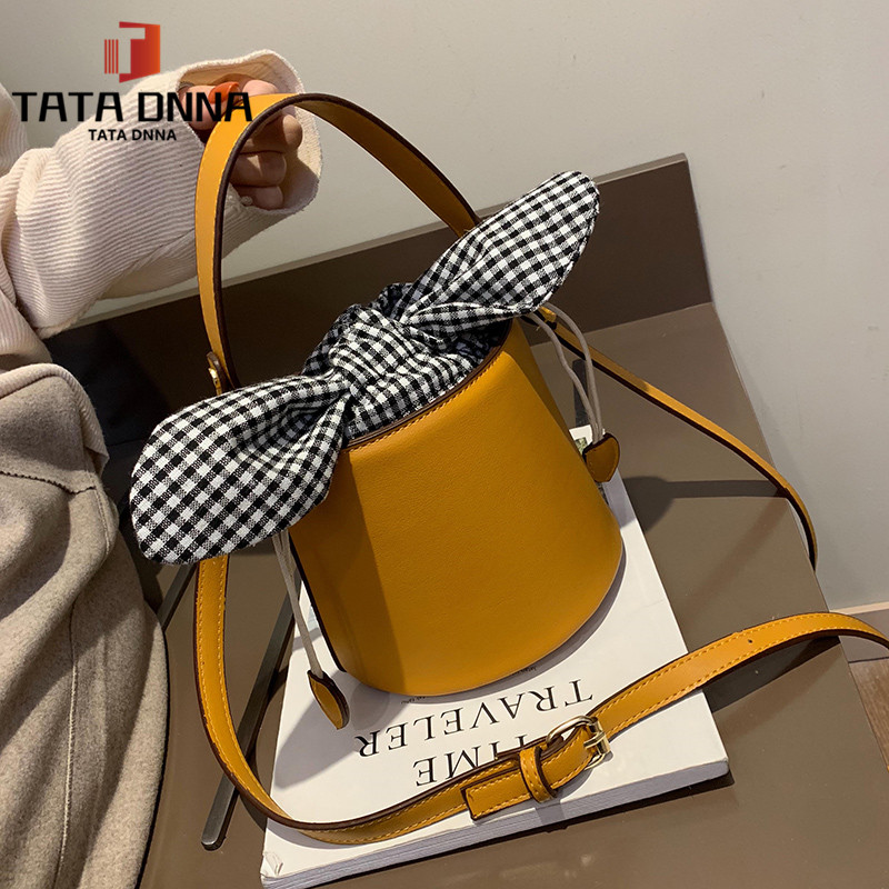 Promotion of New Fashion Styles/ Promotion/New chain messenger bag /shoulder bag white 25x19x12cm 35
