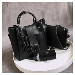 2019 European and American fashion women's bag wooden beads tassel handbag bucket bag three-piece black one size