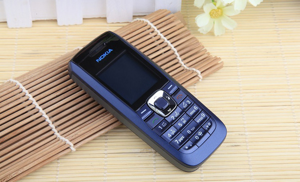 Nokia 2610 Featured phone Loud speaker Cheap phone blue