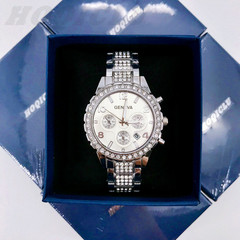 Luxury Fashion Wrist Watch Women Rhinestone Wristwatches Ladies Classic Quartz Watches silver one size