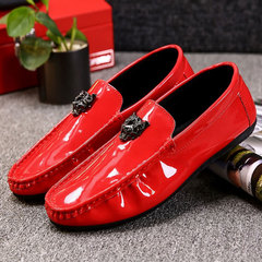 19 new Men Patent Leather Peas Shoes Breathable Soft Bottom Lazy Shoes England Leisure Leather shoes Red 40