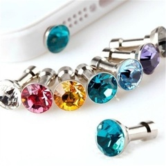 Fashion BlingBling Diamond Rhinestone 3.5mm Anti-Dust Earphone Jack Plug Headset Stopper Cap 1pc color random one size